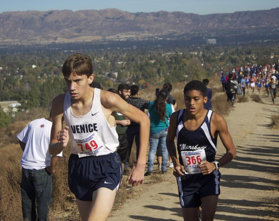 Paul+Luevano+running+at+Pierce+College+for+CIF+Finals