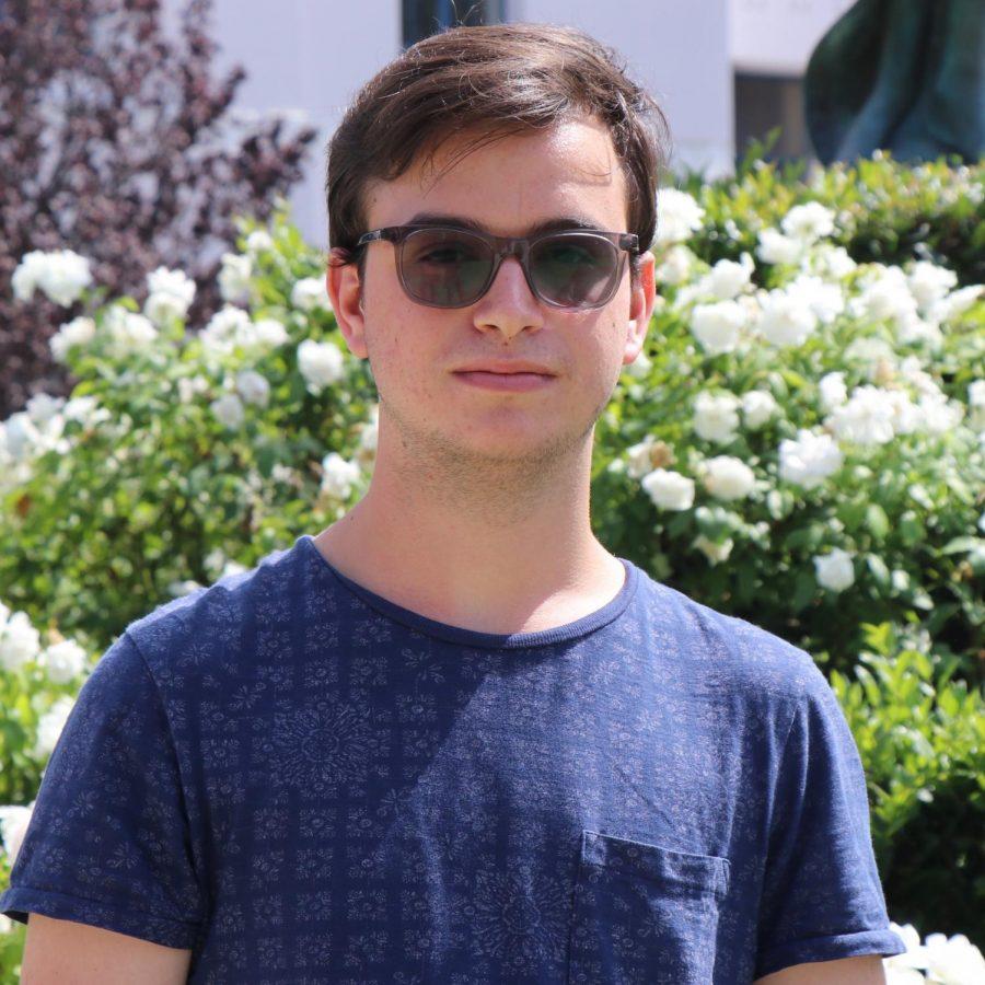 Julian Pinto: Entertainment Reporter