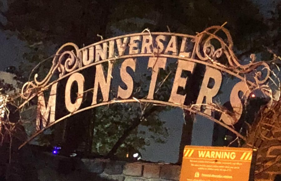 Halloween+Horror+Nights+at+Universal+Studios+is+a+mediocre+fright+at+best.