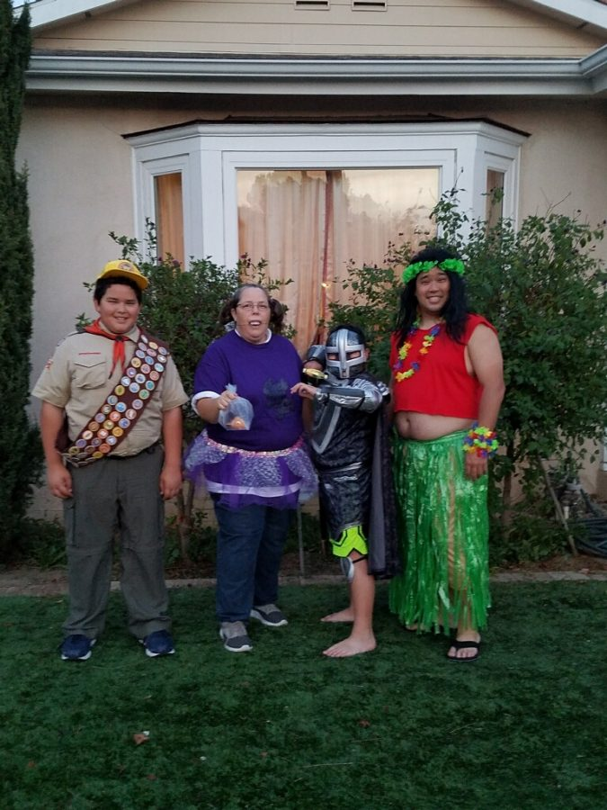 Question man/halloween stories Ms.Tachiki's family