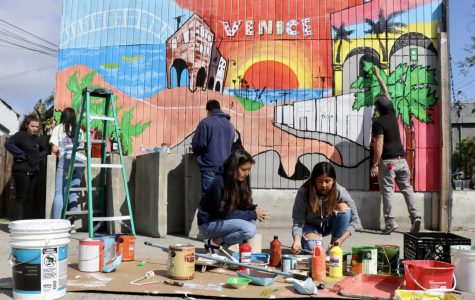 Students Paint Community Mural on Venice Blvd