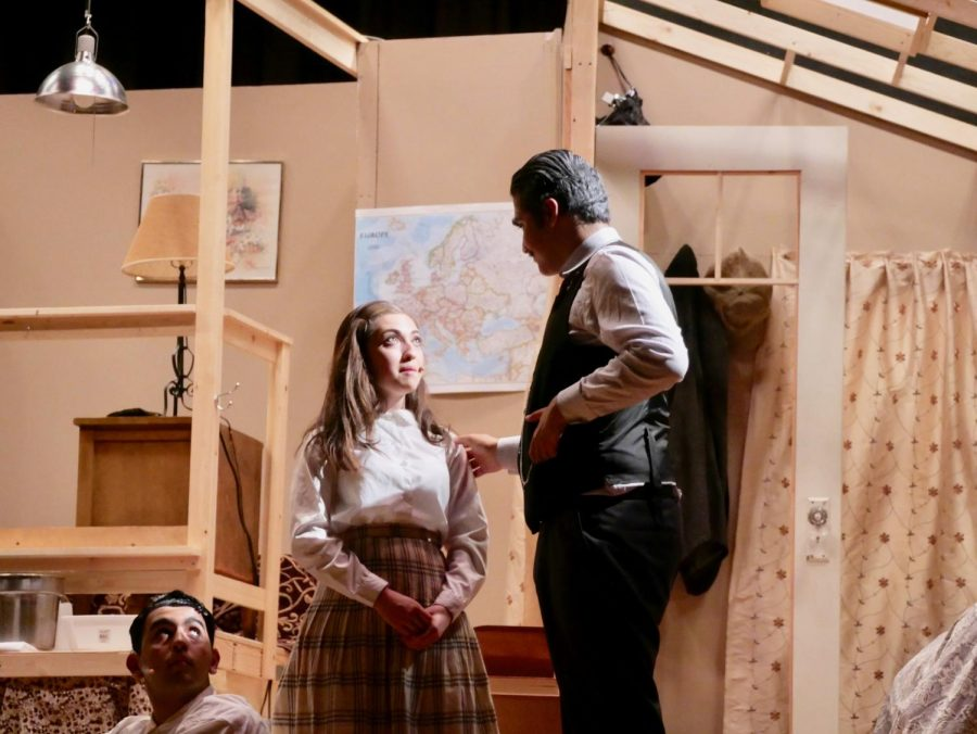 Anne+Frank+Play+Review