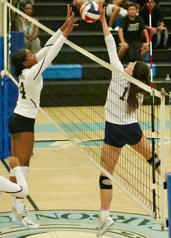 Girls Volleyball Team off to a Strong Start