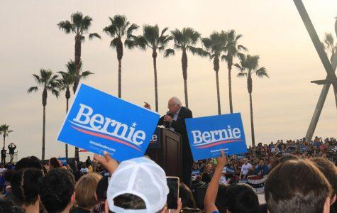 Venice Beach holds Bernie Sander's Rally