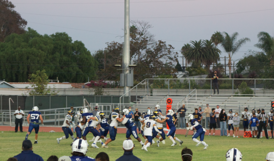 Recap: Venice Gondoliers Dominate Fairfax Lions in Homecoming Game